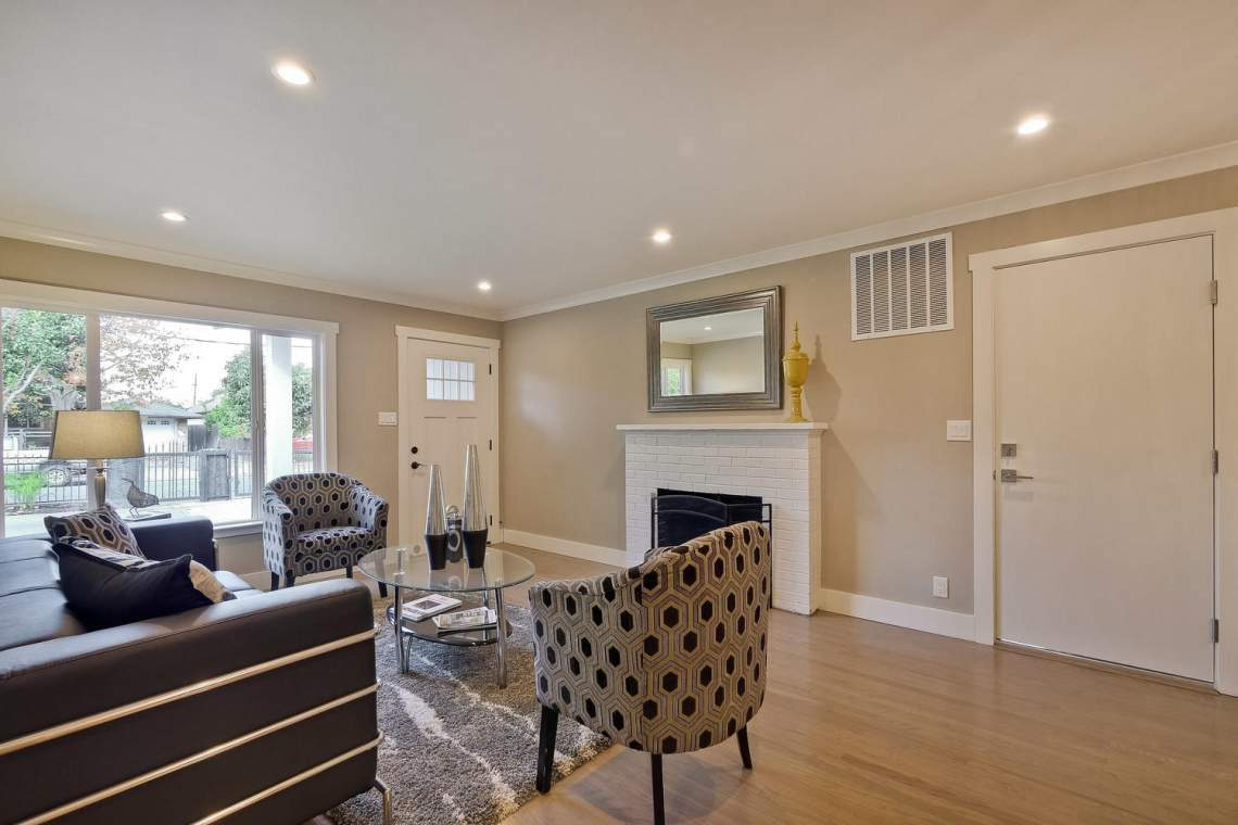 1130 Windermere Avenue Menlo-large-008-46-Living Room-1500x1000-72dpi
