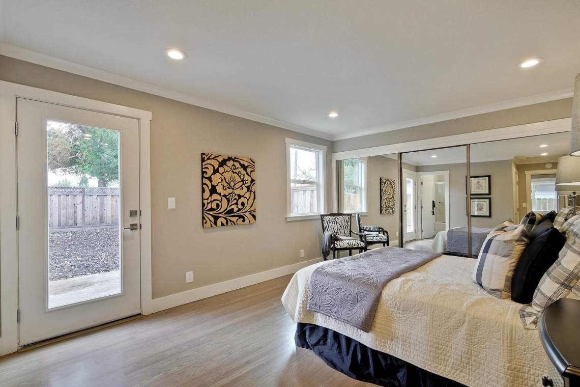 1130 Windermere Avenue Menlo-large-022-38-Master Bedroom-1500x1000-72dpi
