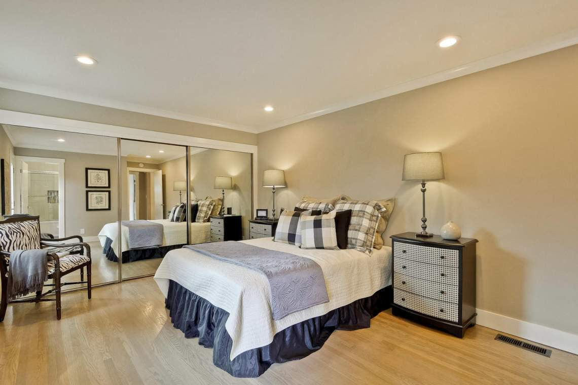 1130 Windermere Avenue Menlo-large-023-8-Master Bedroom-1500x1000-72dpi