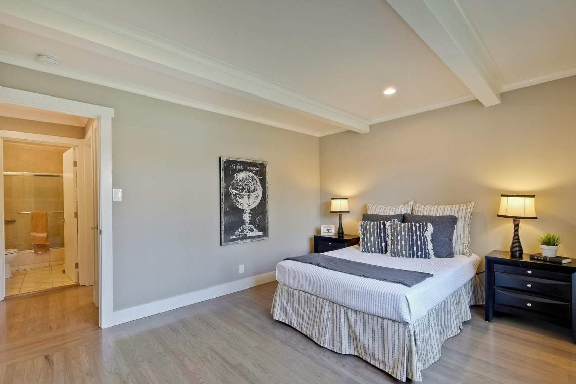 1130 Windermere Avenue Menlo-large-032-18-Bedroom-1500x1000-72dpi