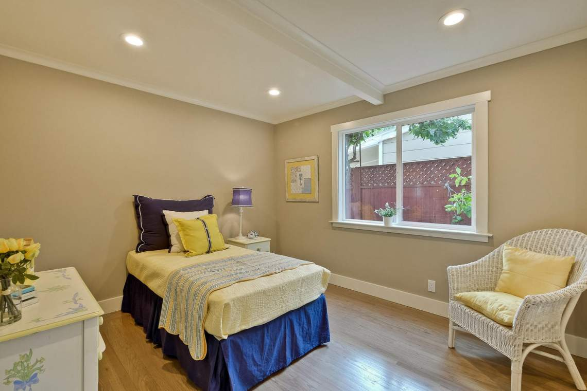 1130 Windermere Avenue Menlo-large-036-21-Bedroom-1500x1000-72dpi
