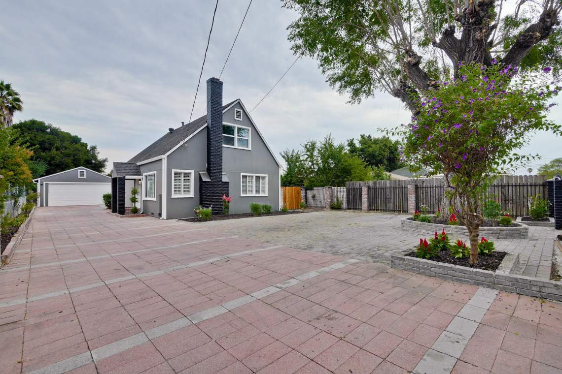 475 Bell Street East Palo Alto-large-001-38-Front-1500x1000-72dpi
