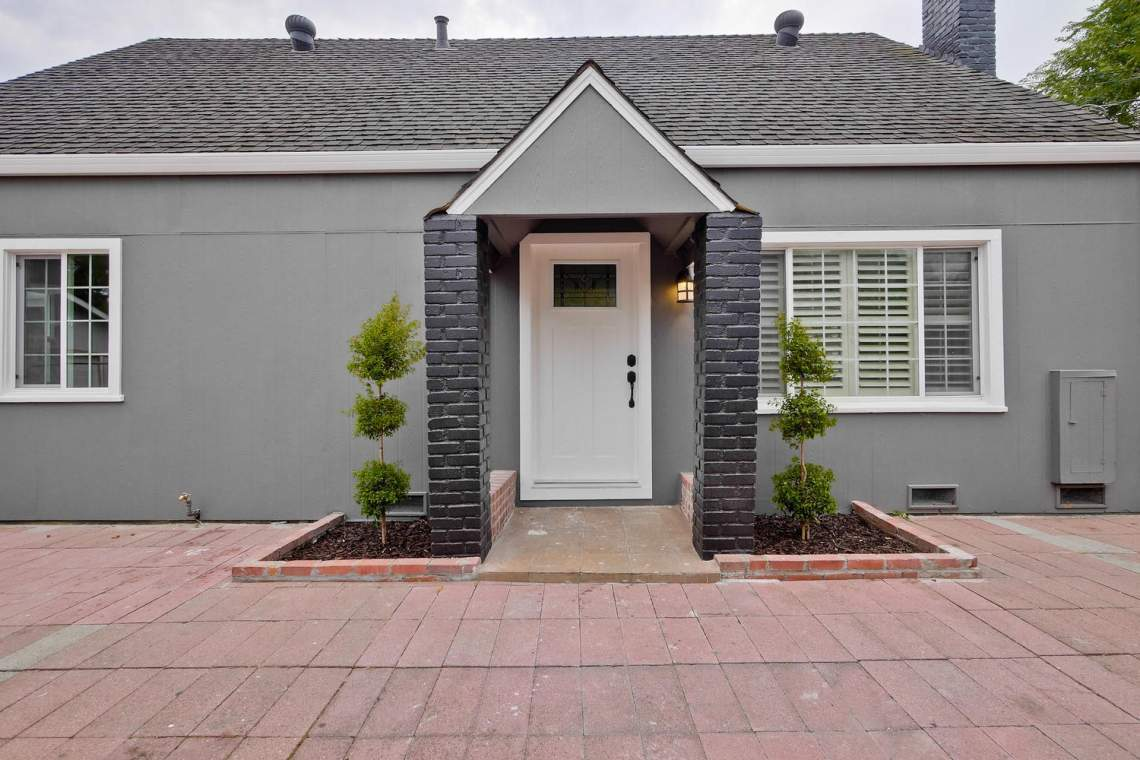 475 Bell Street East Palo Alto-large-011-41-Front-1500x1000-72dpi