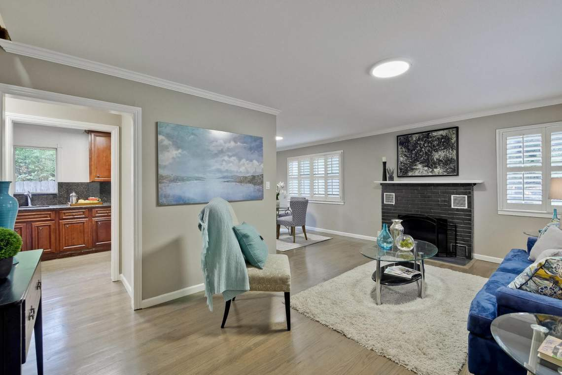 475 Bell Street East Palo Alto-large-015-54-Living Room-1500x1000-72dpi